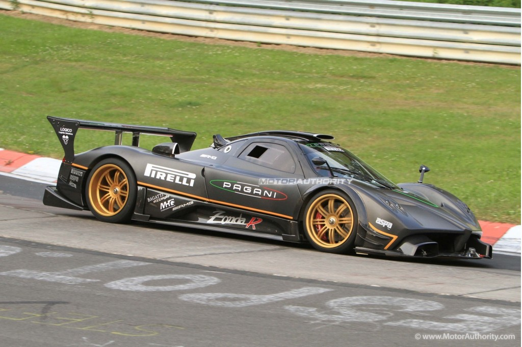 captured pagani zonda r setting unofficial 6 47 39 ring record. Black Bedroom Furniture Sets. Home Design Ideas