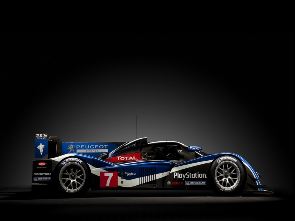 peugeot unveils diesel powered 908 le mans race car. Black Bedroom Furniture Sets. Home Design Ideas