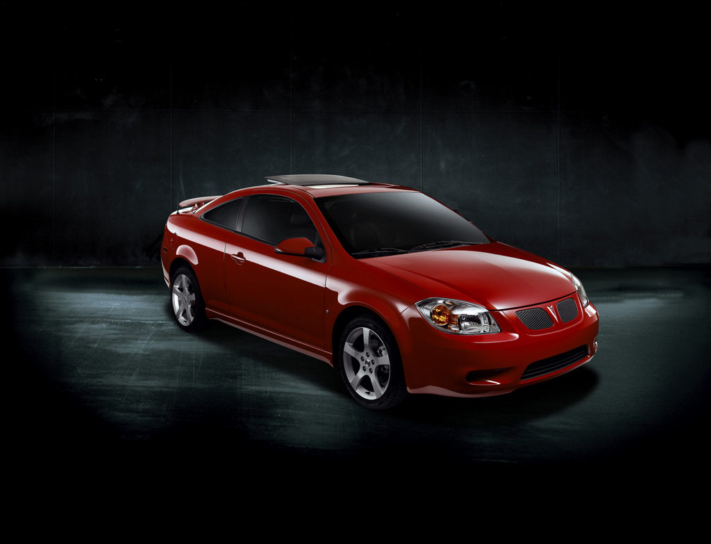 2009 pontiac g5 pictures photos gallery the car connection. Black Bedroom Furniture Sets. Home Design Ideas