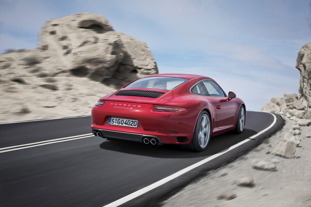 Hear The 2017 Porsche 911 Carrera's New Twin-Turbo 3.0-Liter Six