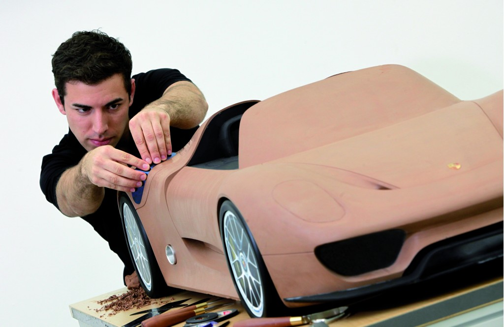 Porsche Teases Production 918 Spyder With Scale Clay Model