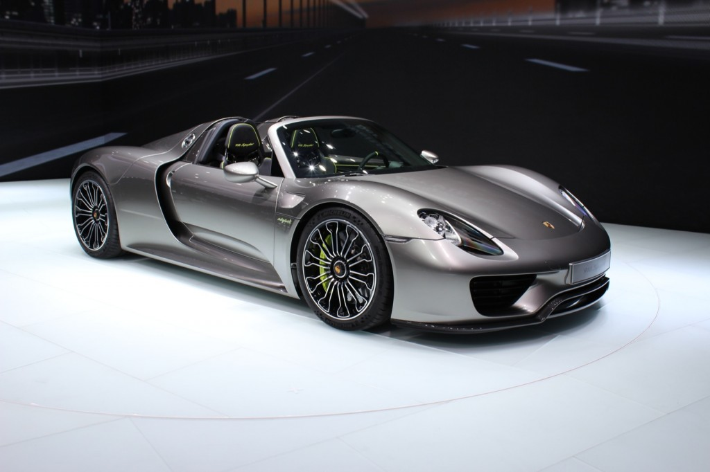 porsche 918 spyder car interior design. Black Bedroom Furniture Sets. Home Design Ideas