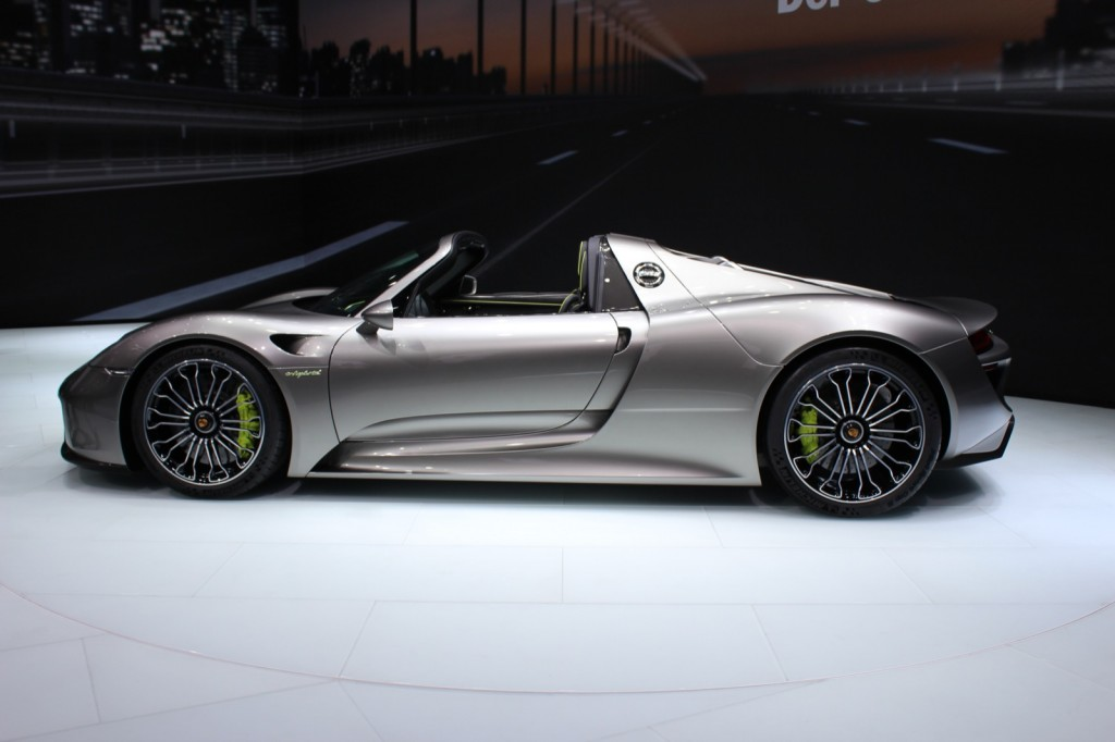 porsche 918 spyder almost sold out gallery 1 motorauthority. Black Bedroom Furniture Sets. Home Design Ideas