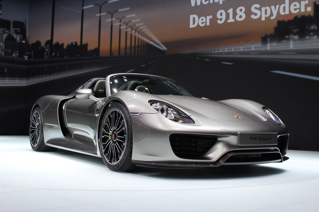 porsche 918 spyder almost sold out. Black Bedroom Furniture Sets. Home Design Ideas