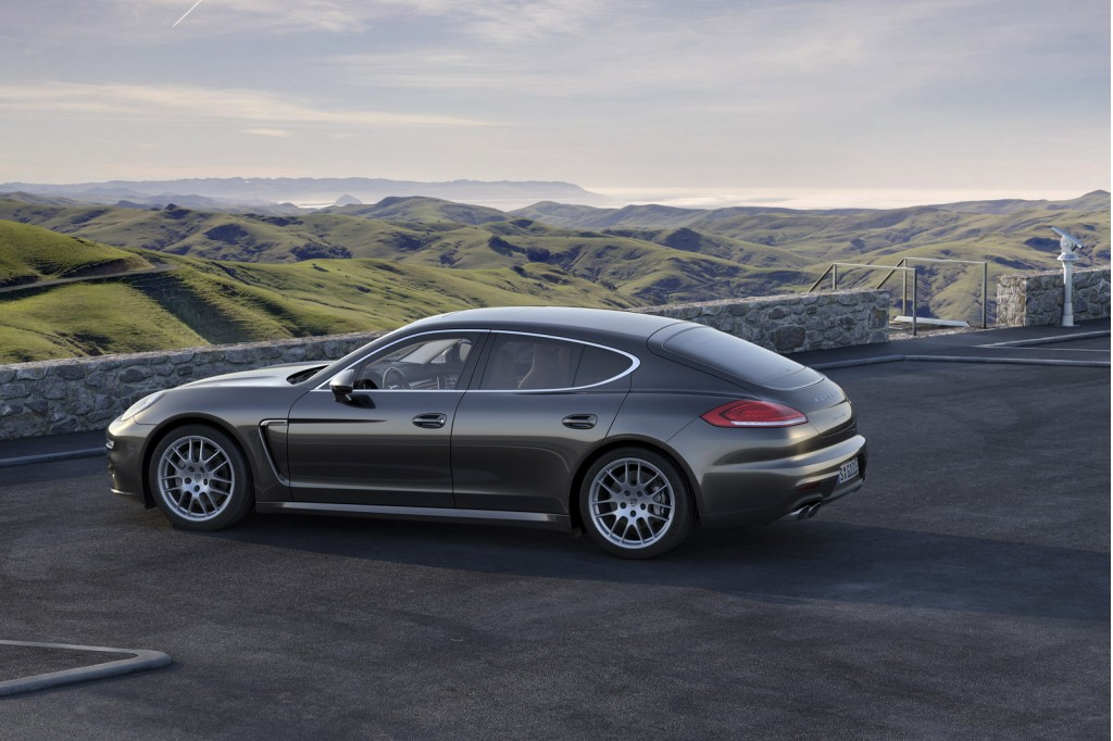 image 2014 porsche panamera 4s size 1024 x 682 type gif posted on april 3 2013 1 42 am. Black Bedroom Furniture Sets. Home Design Ideas