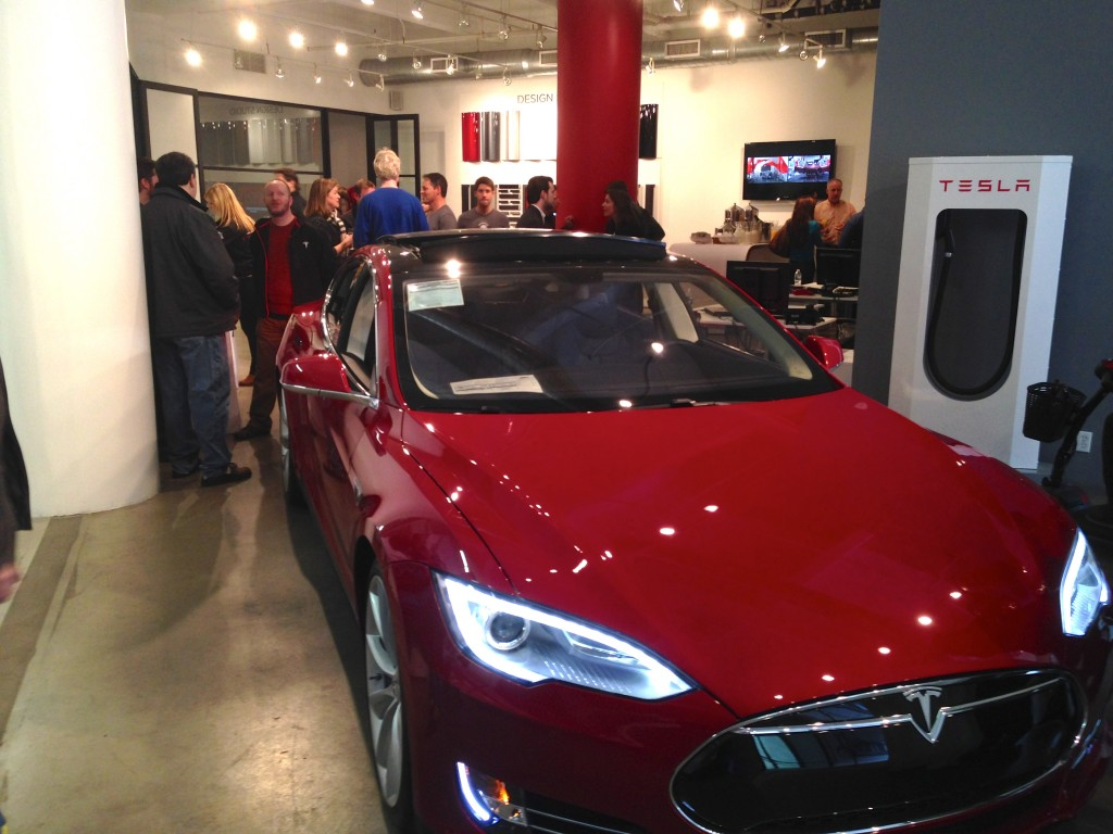 Tesla Celebrates La To Nyc Cross Country Road Trip In Style