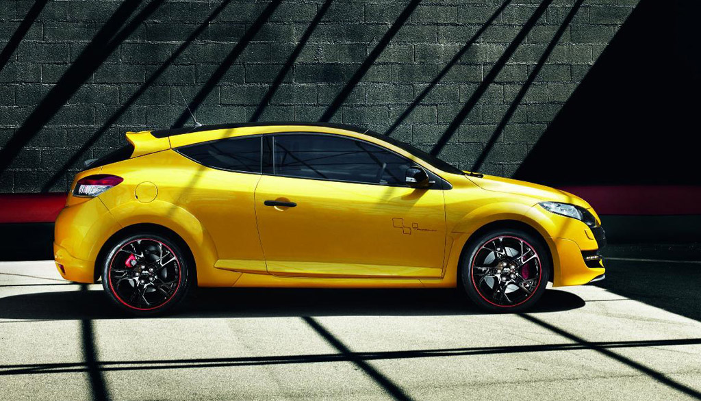 renault megane rs trophy sets fwd nurburgring record. Black Bedroom Furniture Sets. Home Design Ideas