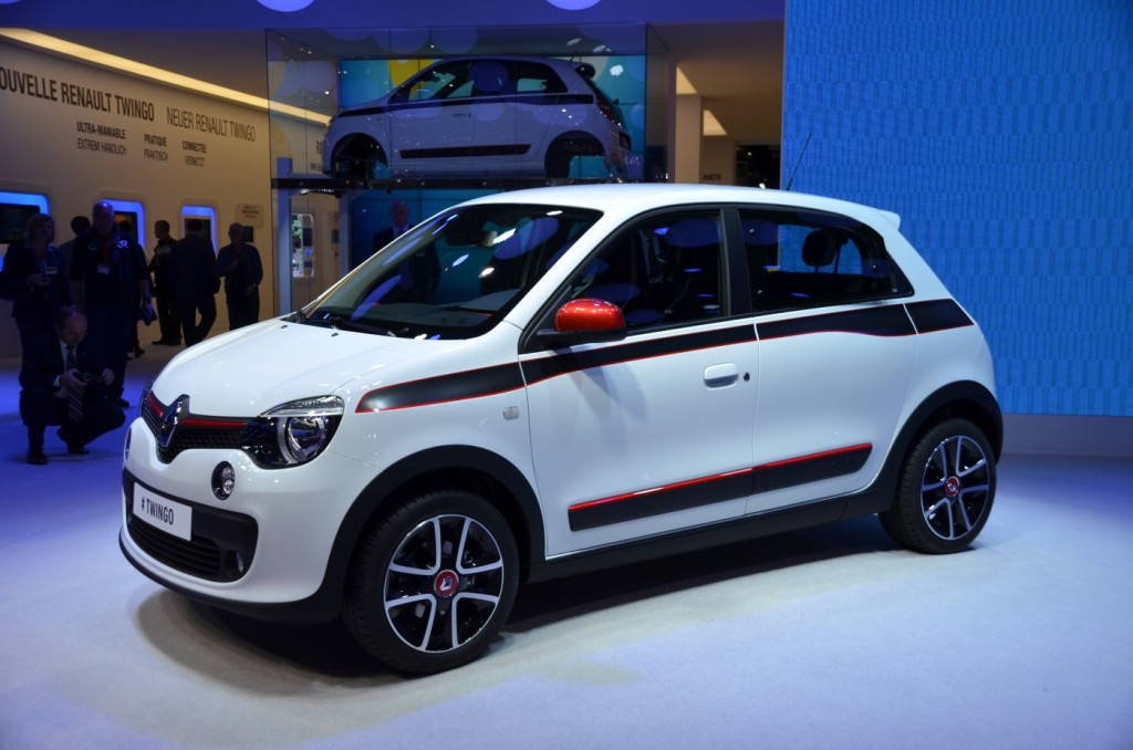 renault twingo live photos smart forfour partner launched at geneva. Black Bedroom Furniture Sets. Home Design Ideas