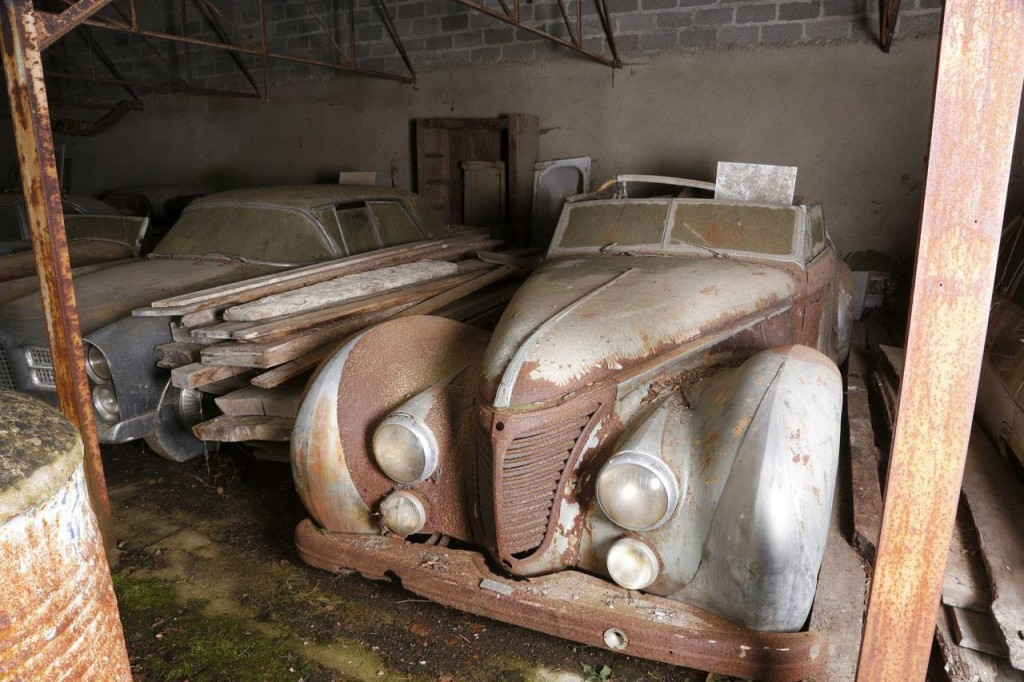 100 Car French Barn Find Includes Rare Ferraris Bugatti