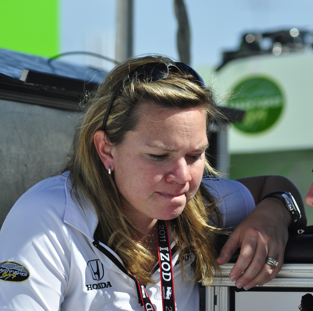 Image: Sarah Fisher On The Pit Stand At Las Vegas