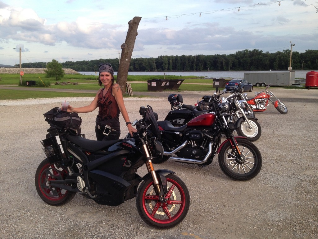 electric motorcycle road trip what i learned what you need to know page 2. Black Bedroom Furniture Sets. Home Design Ideas