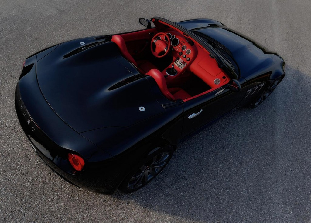 Spain's Tauro V8 Spider Based On The Pontiac Solstice