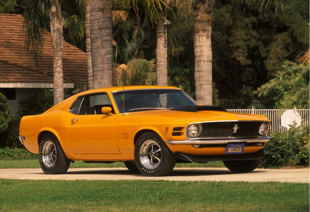the ford mustang 1964 5 2010. Black Bedroom Furniture Sets. Home Design Ideas