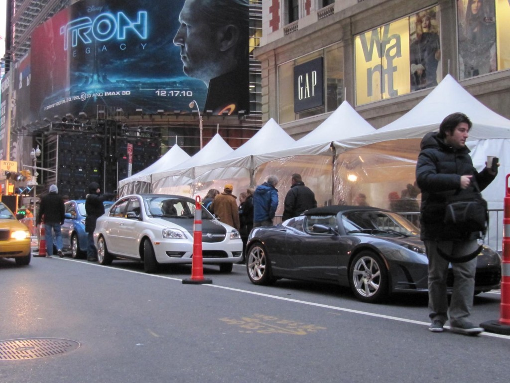 Hertz To Launch Electric Car Rentals In Nyc Add Smart To