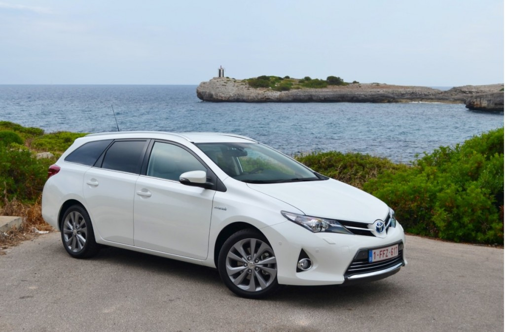 image toyota auris touring sports hybrid first drive mallorca size 1024 x 674 type gif. Black Bedroom Furniture Sets. Home Design Ideas
