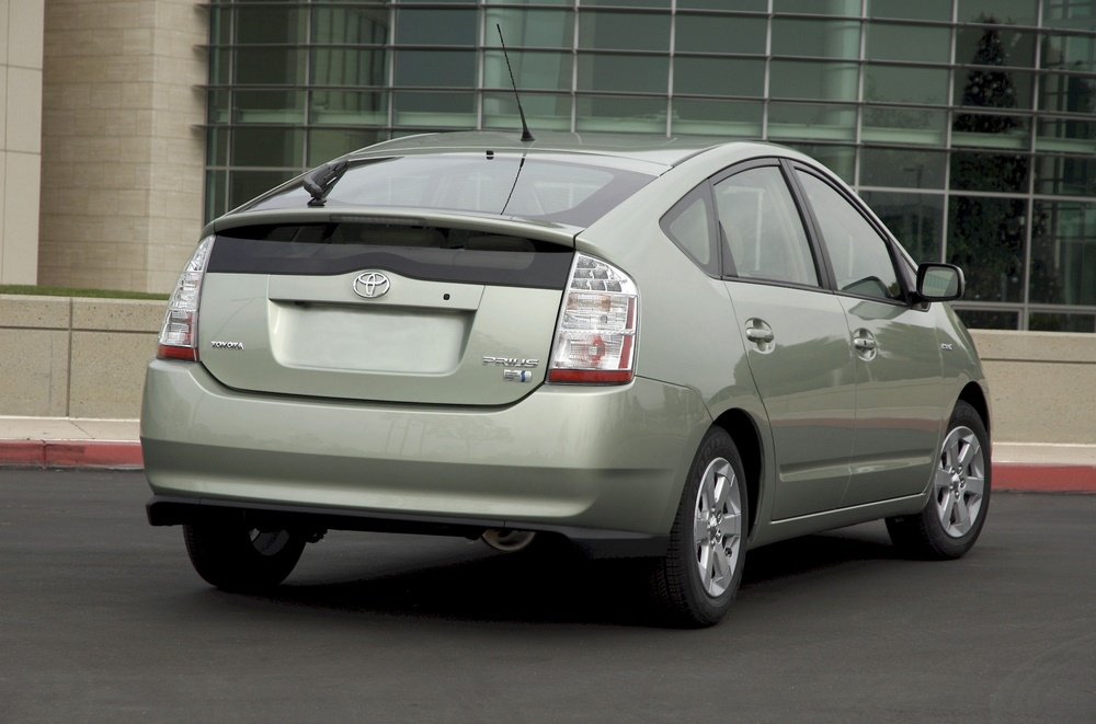 five best used green cars to buy 2004 2009 toyota prius. Black Bedroom Furniture Sets. Home Design Ideas