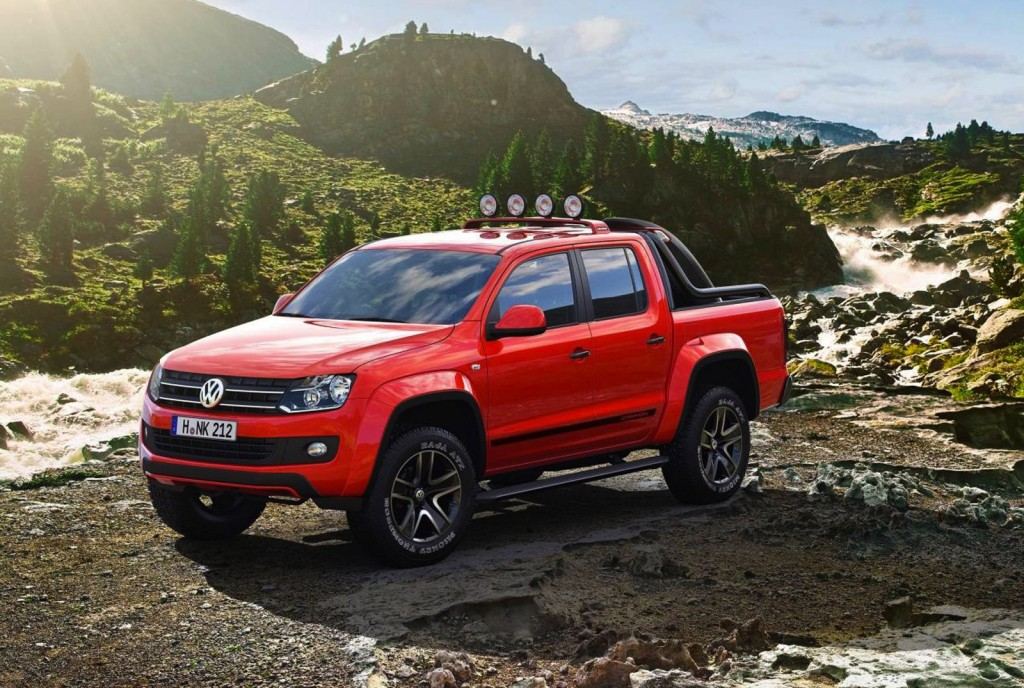 amarok r style concept is vw s attempt at building a raptor. Black Bedroom Furniture Sets. Home Design Ideas