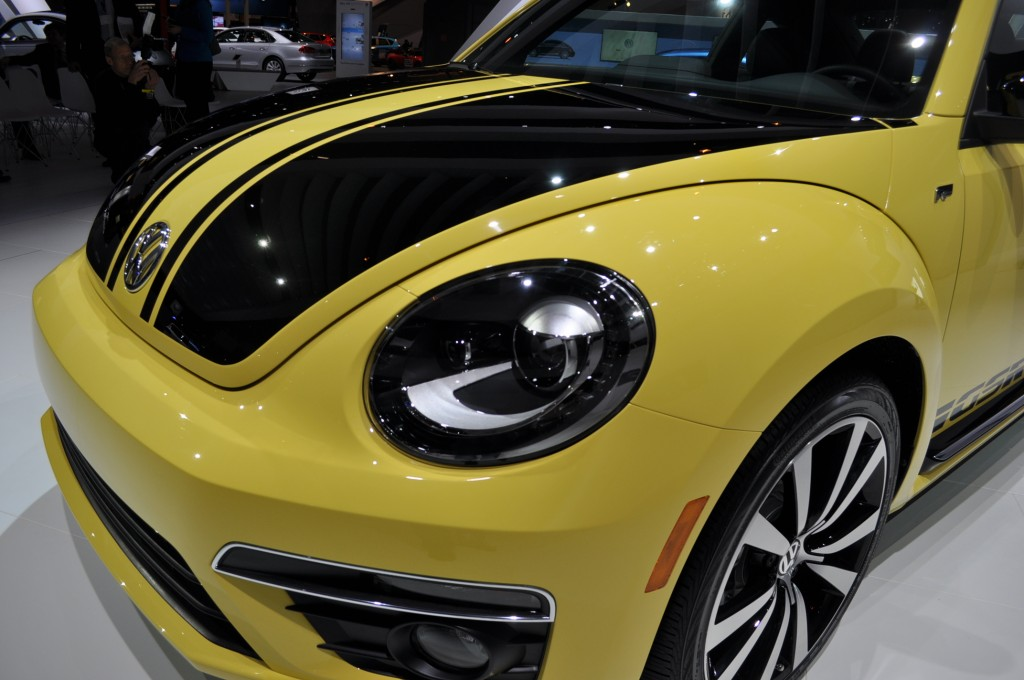 2014 volkswagen beetle gsr live shots. Black Bedroom Furniture Sets. Home Design Ideas