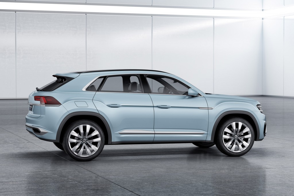 Volkswagen previews new crossover with cross coupe gte concept for Concept expo