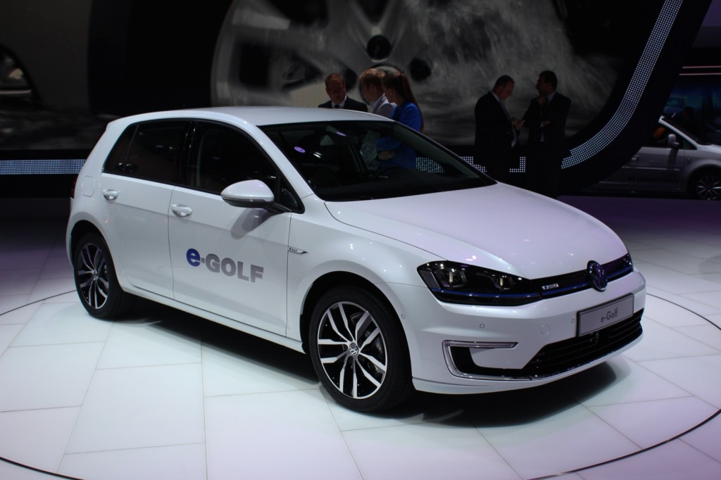 Volkswagen e Golf Electric Car Live Gallery 2013