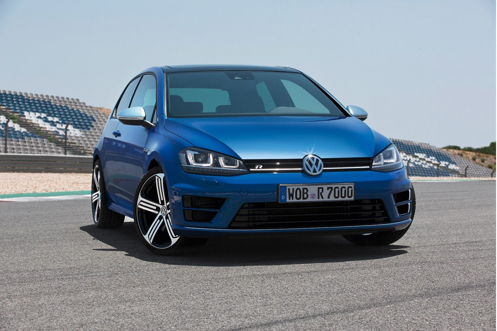 2015 volkswagen golf r new photos and video. Black Bedroom Furniture Sets. Home Design Ideas