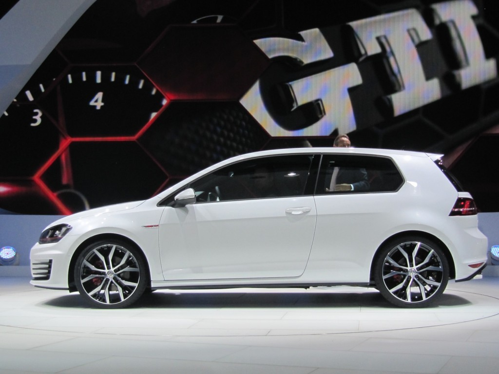 2014 volkswagen golf gti to be built in mexico. Black Bedroom Furniture Sets. Home Design Ideas