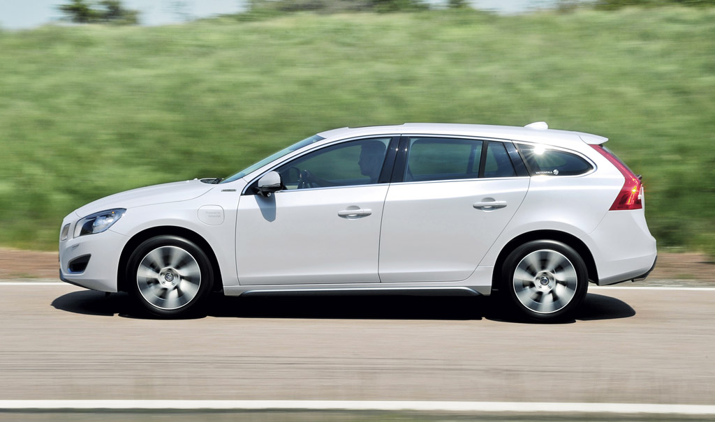 Volvo V60 Plug-In Hybrid Confirmed For 2012 Launch
