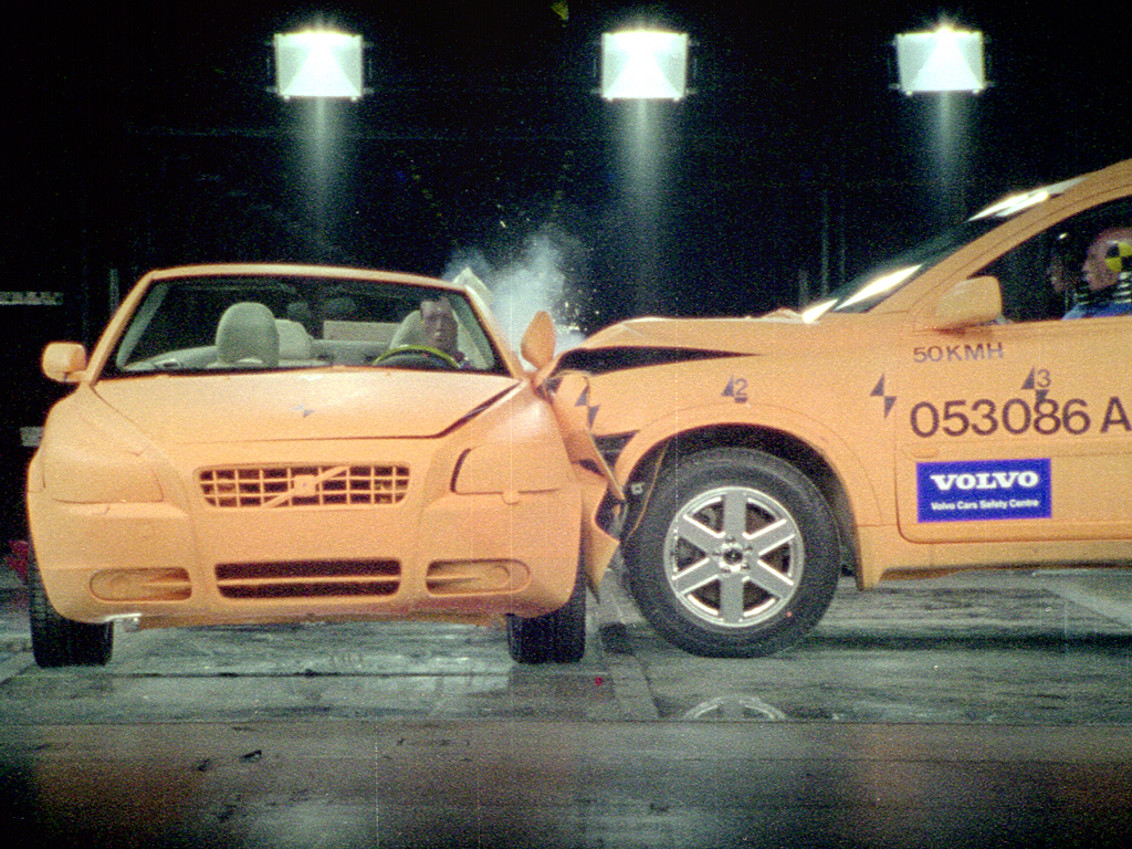 Image: Volvo C70 Crash Test, size: 1024 x 768, type: gif, posted on: September 20, 2005, 7:32 am ...