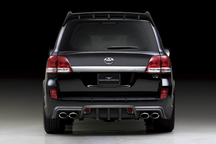 Wald adds Black Bison styling kit for Toyota's Land Cruiser