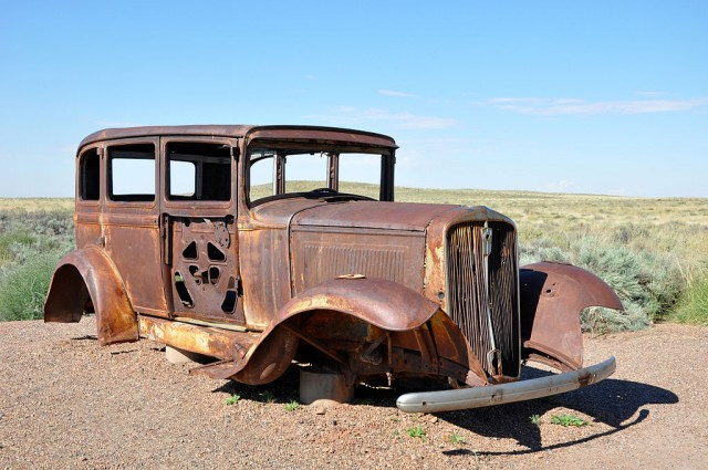 1931 Studebaker commemorating U.S. Route 66 in Arizona (via user Finetooth on Wikimedia)
