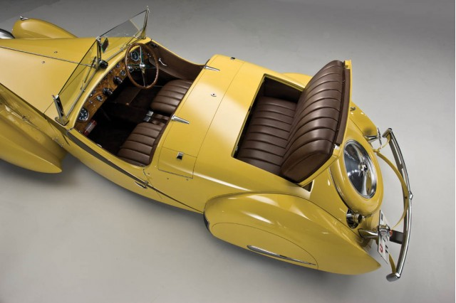 1935 bugatti type 57 roadster up for sale at 2011 pebble beach concours gallery 1 motorauthority. Black Bedroom Furniture Sets. Home Design Ideas