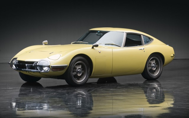 James Bond Style 1967 Toyota 2000 Gt Sells For 1 15 Million