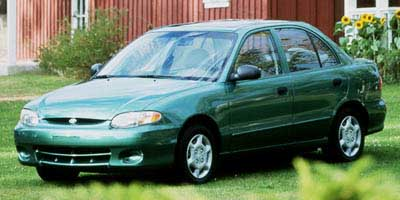1998 hyundai accent pictures photos gallery green car. Black Bedroom Furniture Sets. Home Design Ideas