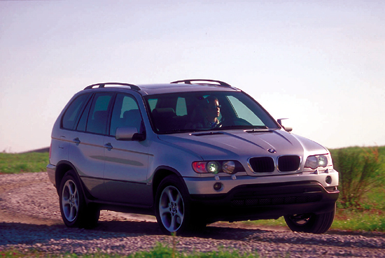 2001 bmw x5 pictures photos gallery the car connection. Black Bedroom Furniture Sets. Home Design Ideas