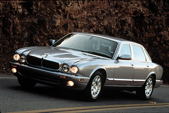 2001 jaguar xj pictures photos gallery motorauthority. Black Bedroom Furniture Sets. Home Design Ideas
