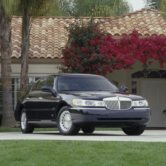 2001 Lincoln Continental For Sale: 2001 Lincoln Town Car Pictures/Photos Gallery
