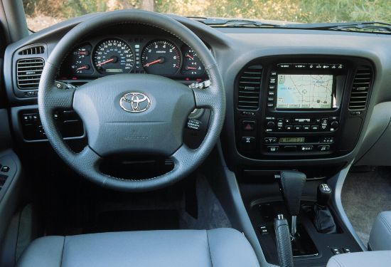 2001 toyota land cruiser pictures photos gallery for Toyota land cruiser interior