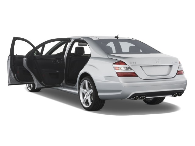 2009 mercedes benz s class 4 door sedan 6 3l v8 amg rwd for Mercedes benz amg 6 3 liter v8 price