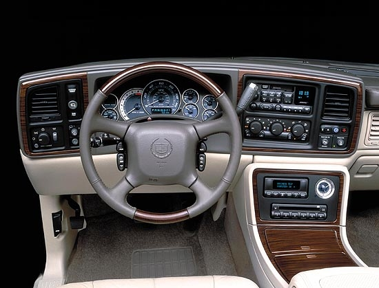 2002 cadillac escalade pictures photos gallery the car connection. Black Bedroom Furniture Sets. Home Design Ideas