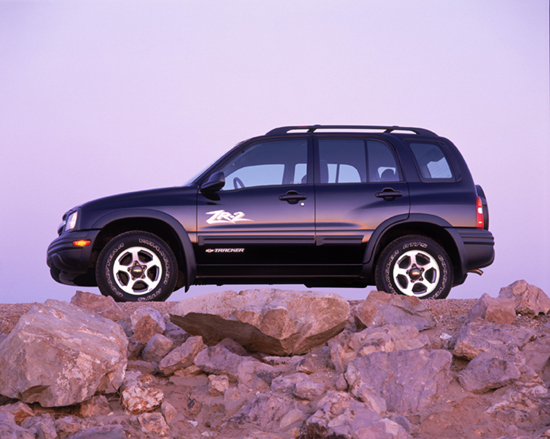 2002 chevrolet tracker chevy pictures photos gallery. Black Bedroom Furniture Sets. Home Design Ideas