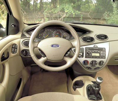 2002 ford focus pictures photos gallery the car connection. Black Bedroom Furniture Sets. Home Design Ideas