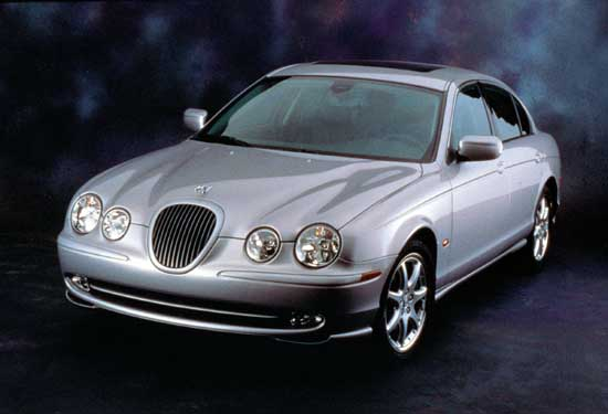 2002 jaguar s type pictures photos gallery the car connection. Black Bedroom Furniture Sets. Home Design Ideas