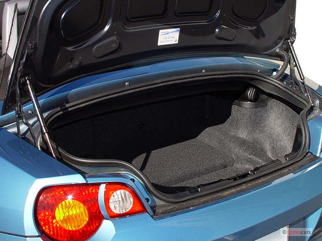 Image 2003 Bmw Z4 Series Z4 2 Door Roadster 2 5i Trunk