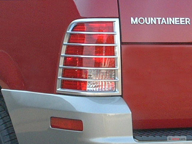 2003 Mercury Mountaineer 4-door 114
