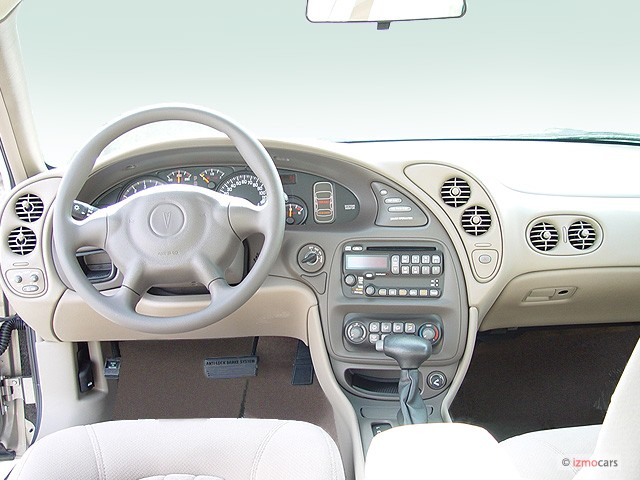 Image: 2003 Pontiac Bonneville 4-door Sedan SE Dashboard, size: 640 x ...