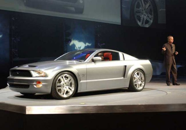2003 Ford Mustang Pictures/Photos Gallery - College Car Guide