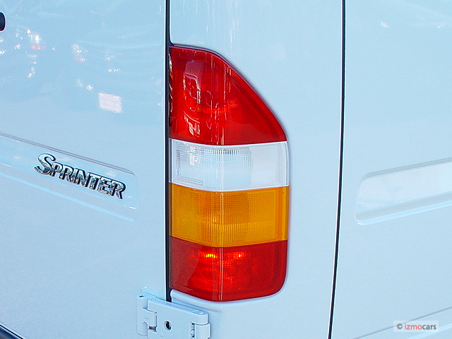 http://images.thecarconnection.com/med/2004-dodge-sprinter-2500-high-roof-158-wb-tail-light_100296303_m.jpg