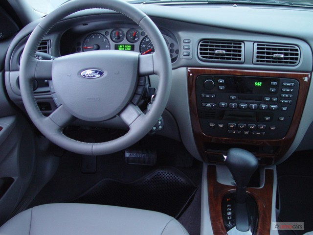 Ford Taurus Dr Wgn M on 2005 Ford Five Hundred Sel