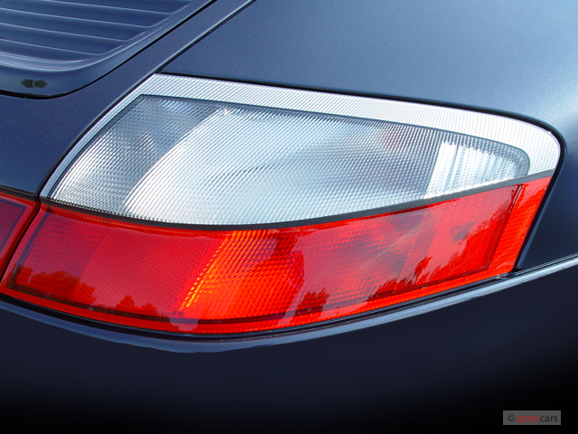 service manual  2004 porsche 911 how to replace tail light