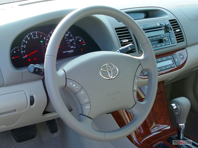 image 2006 toyota camry 4 door sedan xle auto natl steering wheel size 640 x 480 type gif. Black Bedroom Furniture Sets. Home Design Ideas